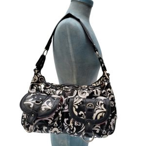 Totally cool gigi Hill black and white purse